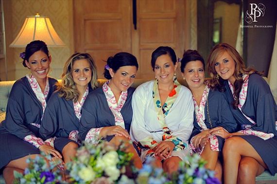 bridesmaid-robes-doie-lounge