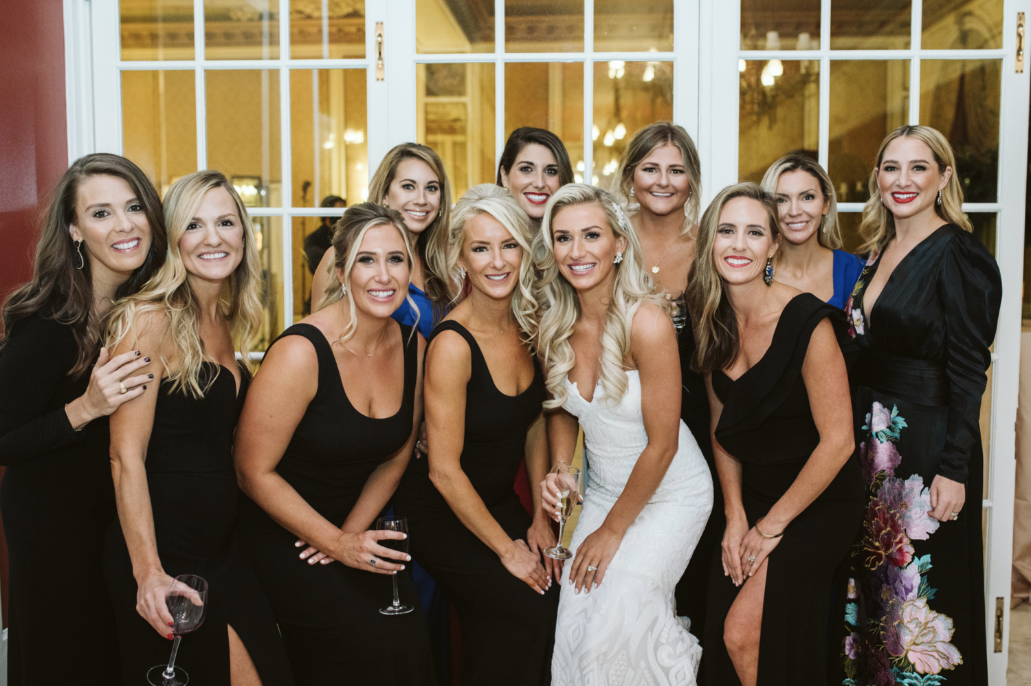 Intimate Wedding Ideas: 6 Tips for Success